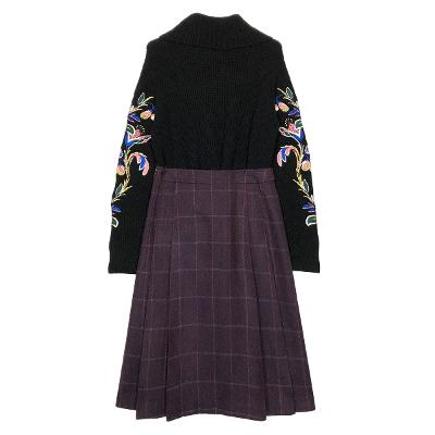embroidery combed knit & check gored skirt